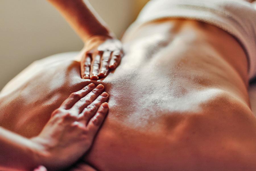 La massothérapie - Le massage thérapeutique : massage suédois et massage shiatsu japonais