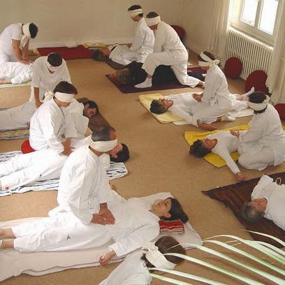 Ecole Française de Shiatsu : infos, localisation, contacts... pour ce centre de shiatsu