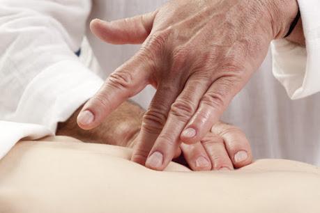 Praticien acupuncteur et shiatsu au Pôle de Thérapeutes 76